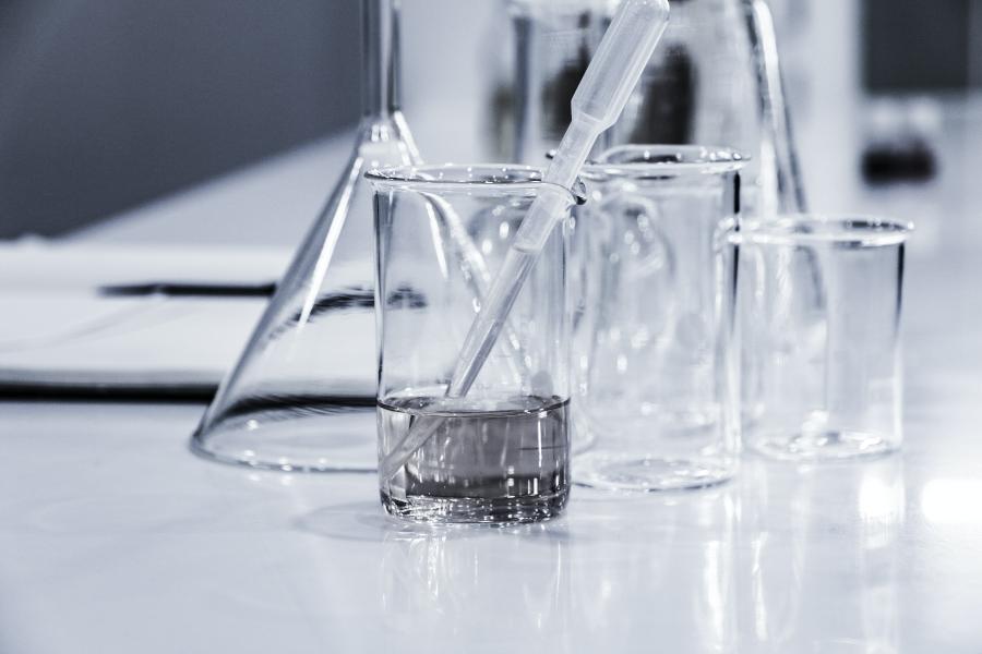 保養新寵:維他命B3衍生物菸鹼醯胺(NIACINAMIDE)功效深入解析